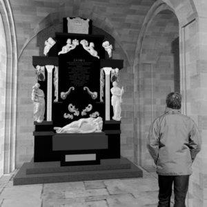 Gisant de l'archevêque Van der Burch, Cathédrale Notre-Dame de Grâce, Cambrai (Nord)